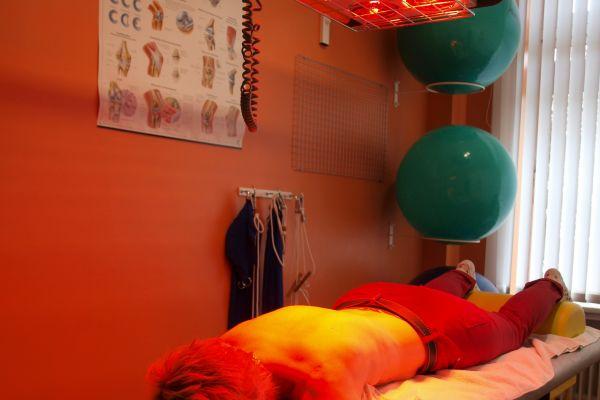 massage-rotlicht-praxis-biebrichF16CDC3E-29E8-A5DE-BFFF-FF74AC7ABF7A.jpg